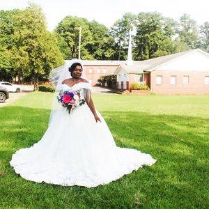Wedding Dress and Long veil, I use a short veil